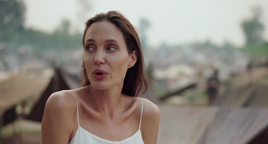 Голлівудські інсайдери шокували розповіддю про те, як їсть джолі