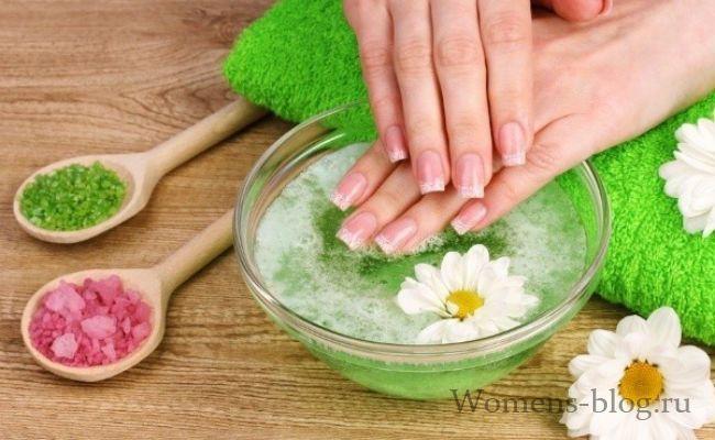Ванночки з морською сіллю для нігтів