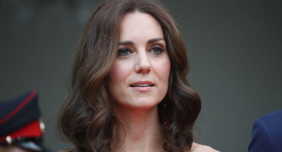 Кейт міддлтон підозрюють в третю вагітність